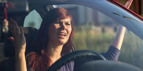 frust beim autofahren die hufigsten aufreger im straenverkehr
