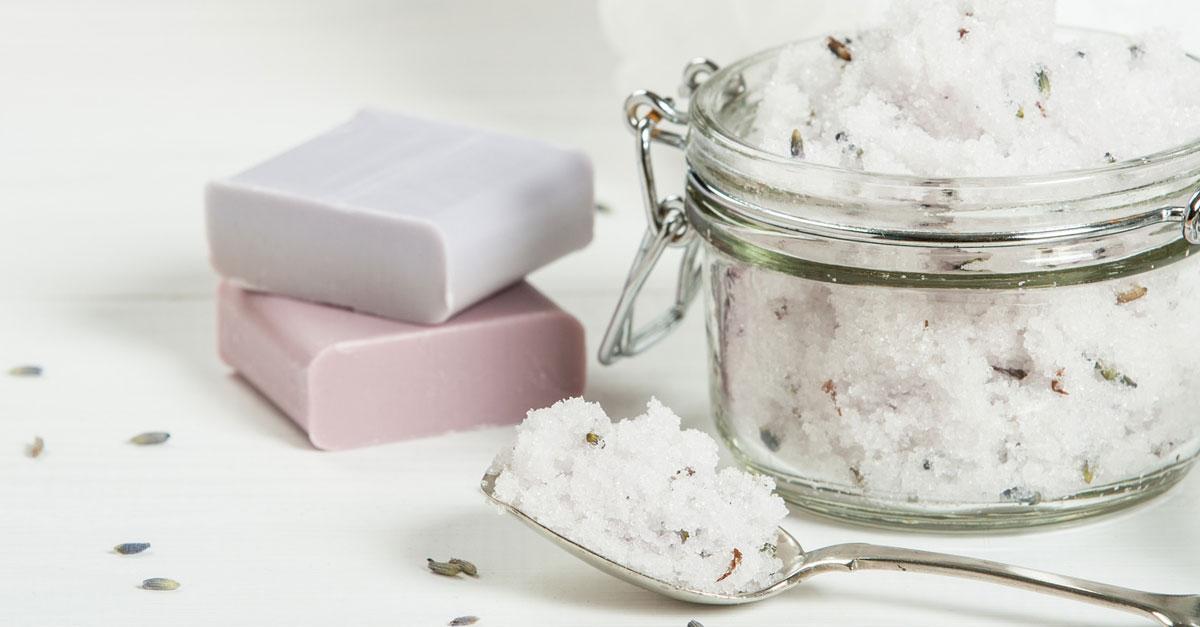 DIY: Peeling aus Zucker und Lavendel