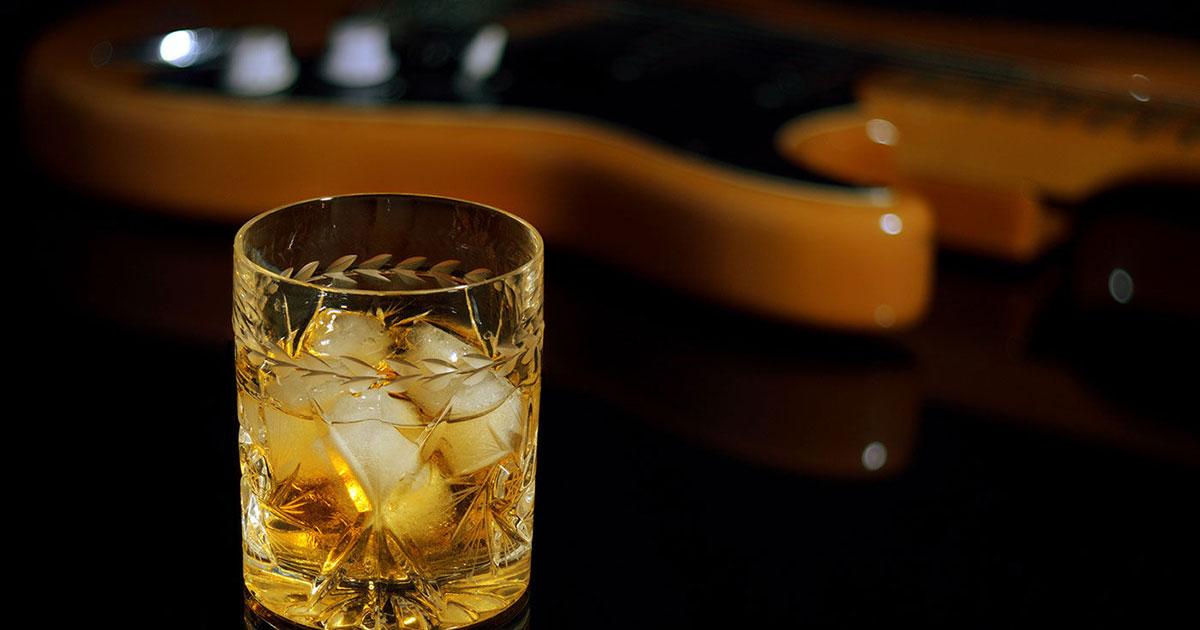 On the Rocks and Roll: Diese Musiker brennen ihren Whisky