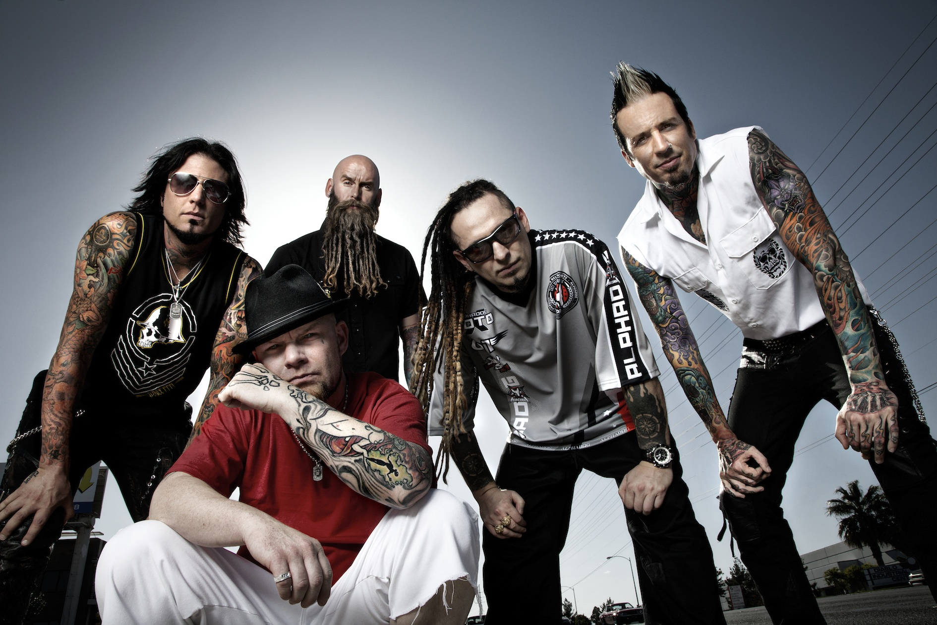 "Neueinsteiger: FFDP ft. Kenny Wayne Shepherd, Brian May, Brantley Gilbert - ""Blue on Black"""