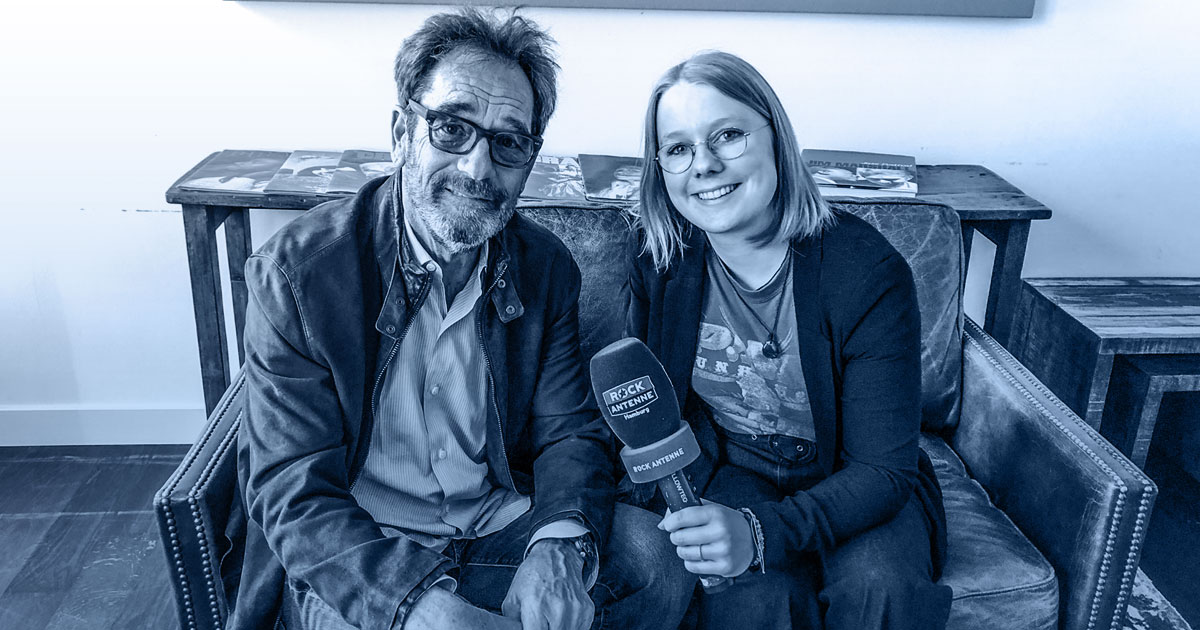 Whole Lotta Talk: Huey Lewis im Interview