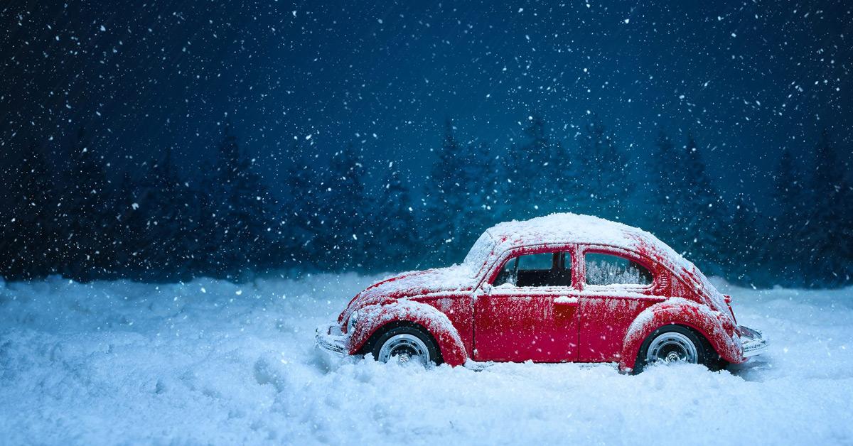 Schnee, Glätte und schlechte Sicht: Sicher Autofahren im Winter