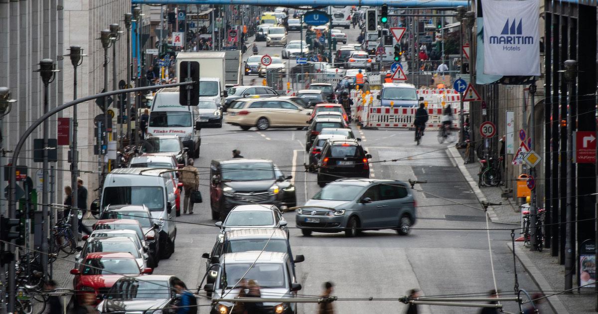 Gericht beschließt: Berlin muss Diesel-Fahrverbote einführen