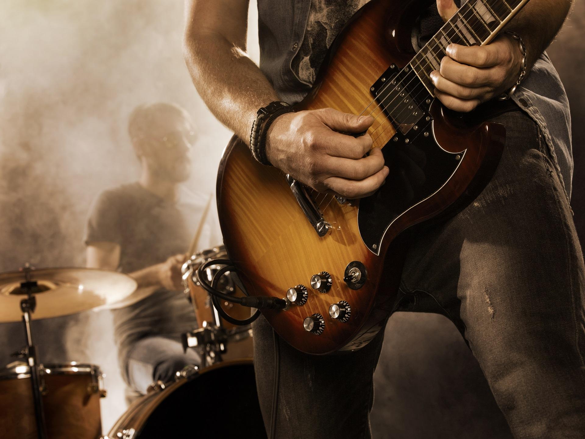 Leben eines Rockstars – zwischen Bühne und den eigenen vier Wänden