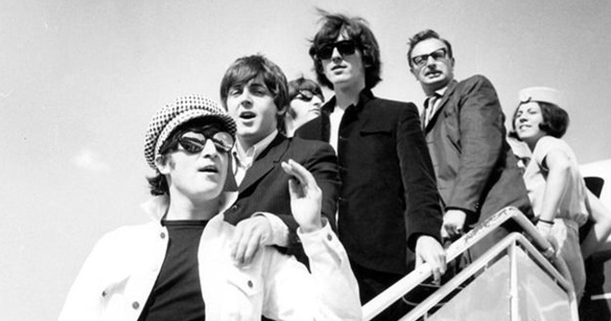"""Beatles: Hört hier eine bisher unveröffentlichte Version von """"While My Guitar Gently Weeps"""""""