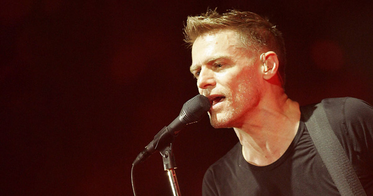 "Bryan Adams: Hört hier den neuen Song ""Shine A Light"""