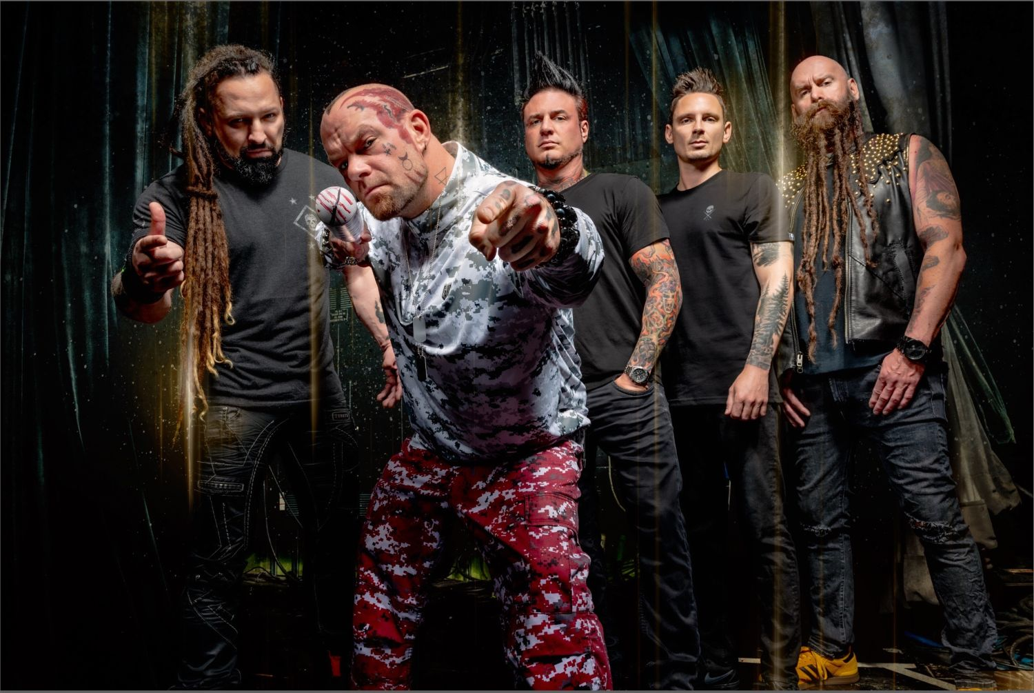 "Neueinsteiger: Five Finger Death Punch - ""A Little Bit Off"""