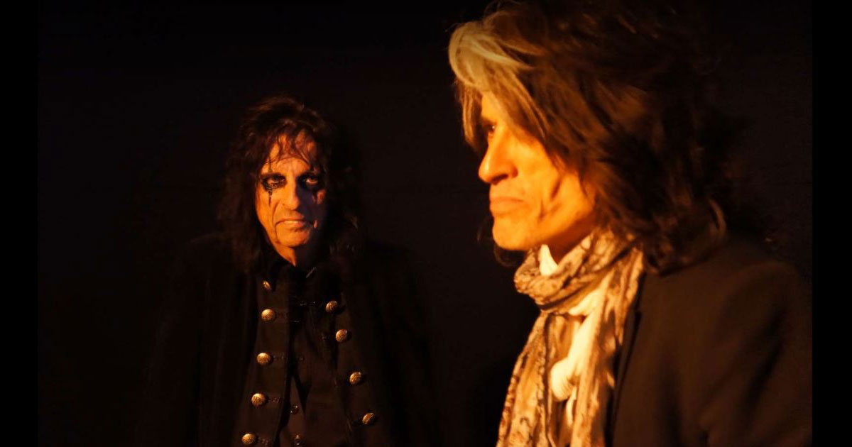 "Hollywood Vampires: Der neue Song ""Who's Laughing Now"" im Lyricvideo"