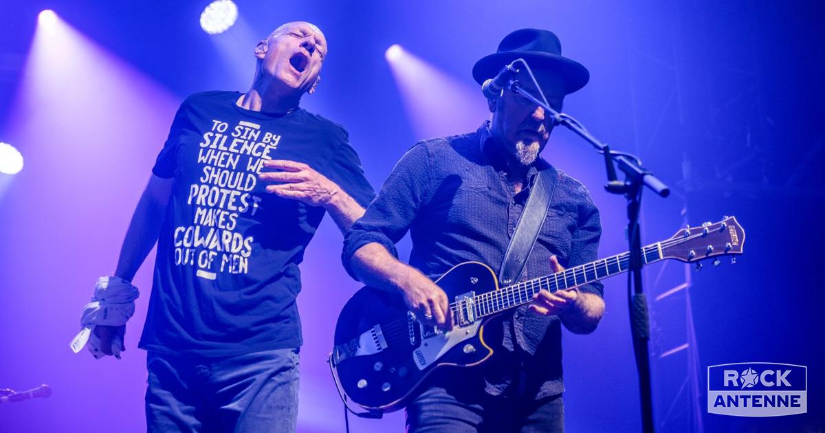 Midnight Oil live: Die besten Fotos vom Tollwood Sommerfestival in München