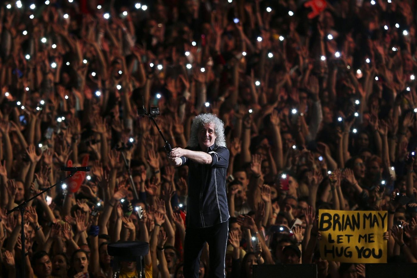 He will rock you - Happy Birthday, Brian May!