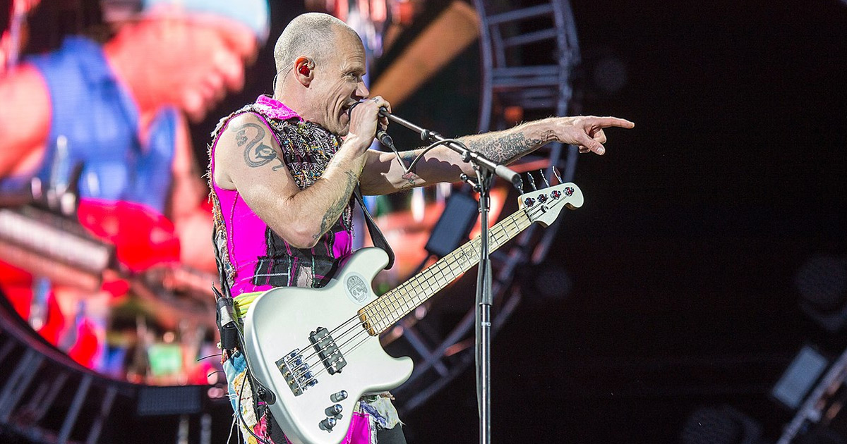 Red Hot Chili Peppers: Flea postet neues Studio-Video