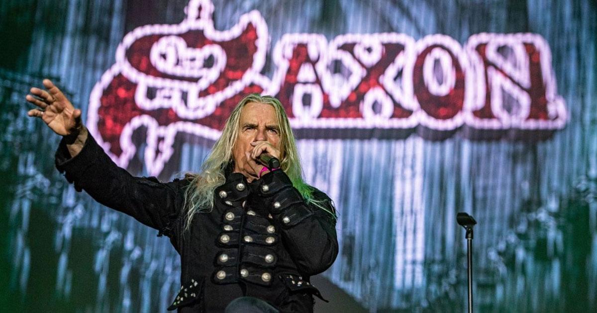 Saxon: Frontmann Biff Byford muss sich Herz-OP unterziehen