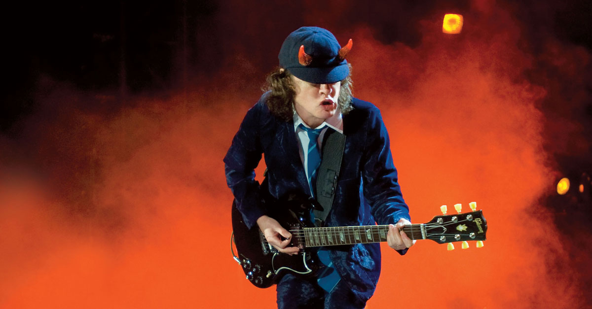 Let There Be Rock: Gitarrengott Angus Young im Porträt