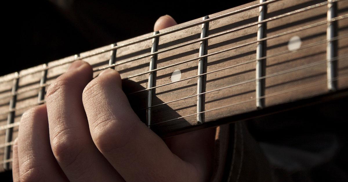 """School of Rock XXL zum """"Spiel-Deine-Gitarre-Tag"""""""