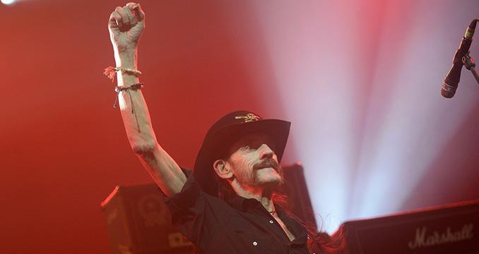 10 unvergessliche Lemmy-Momente, Lemmys Drinking Guide & Mehr