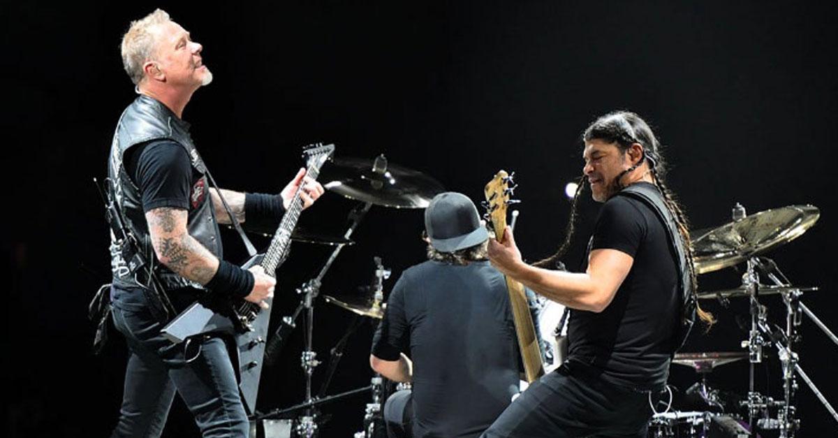 """Metallica: Trujillo und Hammett dudeln """"Major Tom"""""""