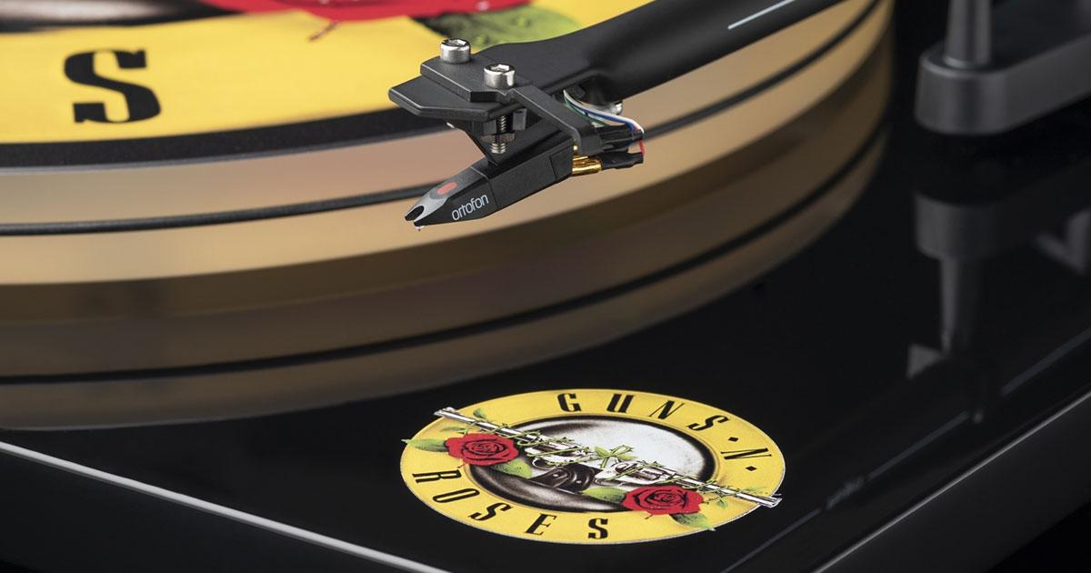 Guns N' Roses: Pro-Ject stellt GNR-Plattenspieler vor