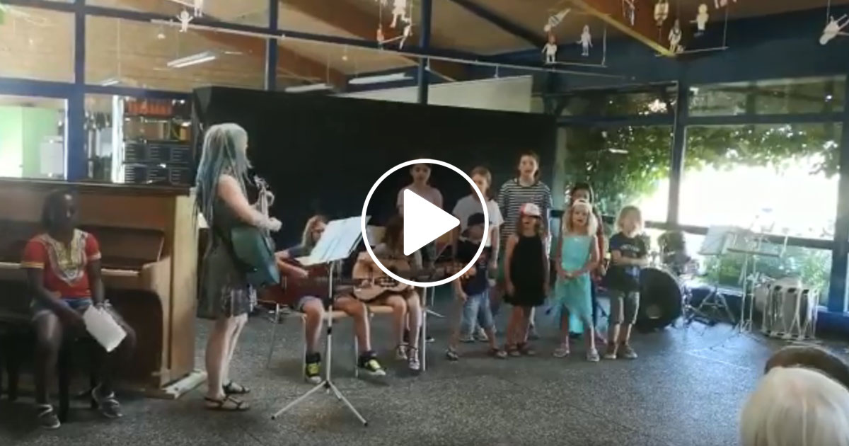Im Video: Kinderchor singt Judas Priest und Dio