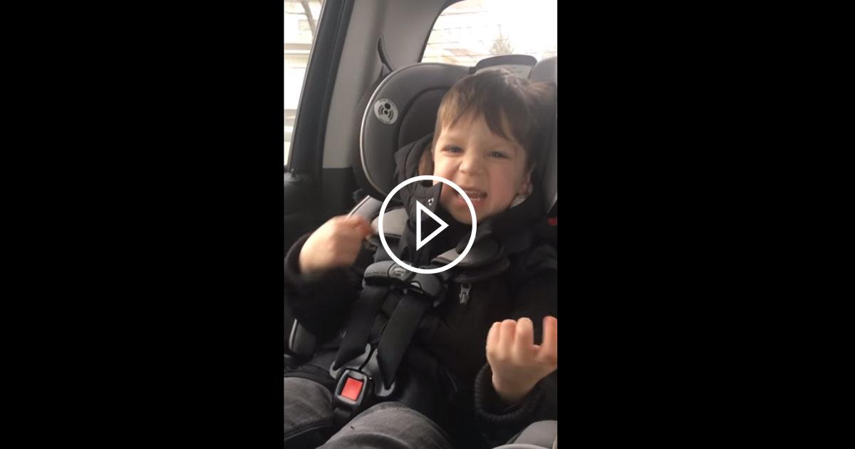 Soundgarden: Vierjähriger geht im Kindersitz völlig steil
