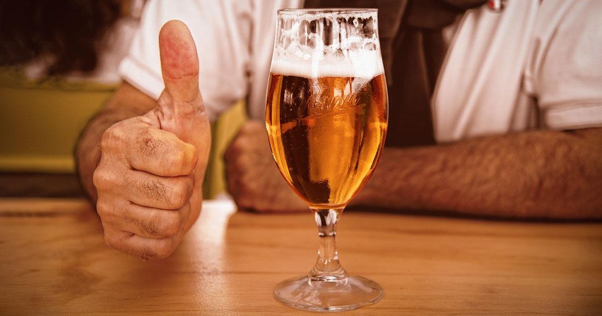 Die 10 besten Rock-Songs... über Bier
