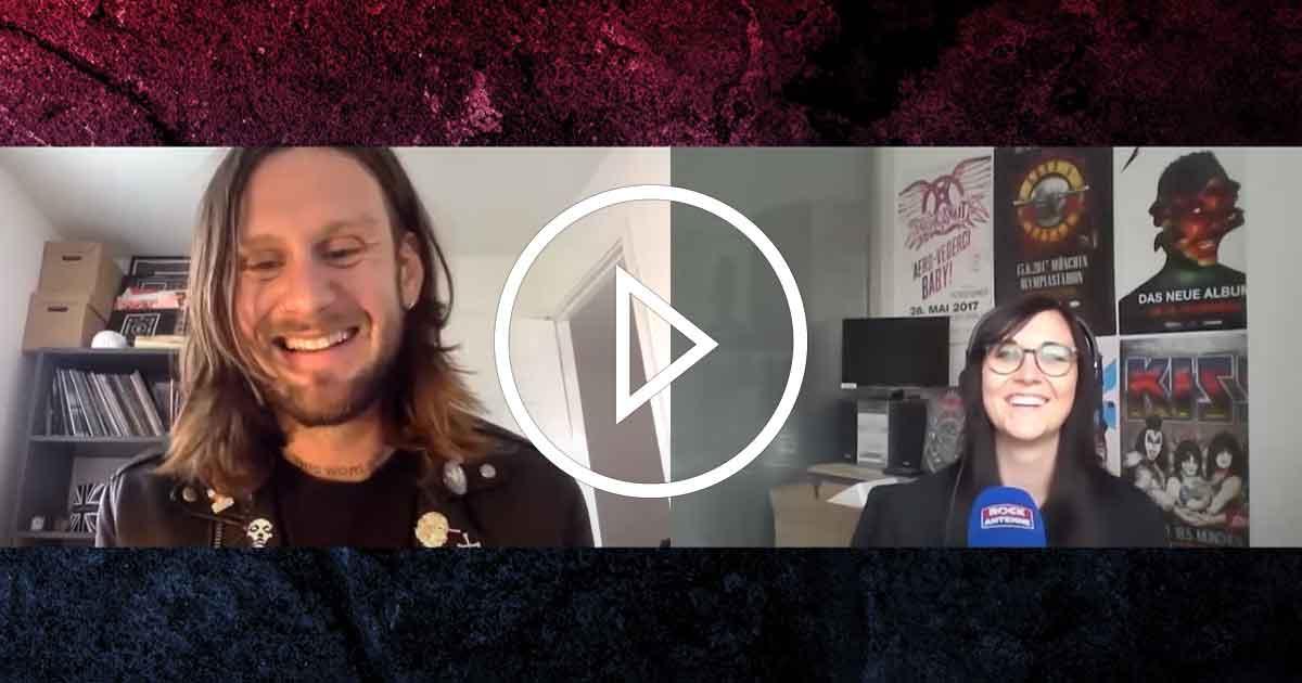 Im Interview: While She Sleeps über Fans, Features und das neue Album