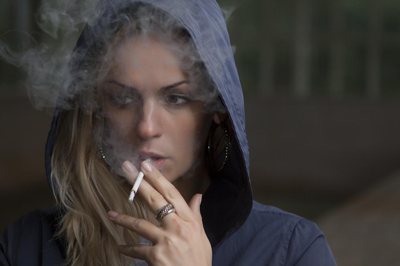 Young Stars: Ist rauchen noch cool?