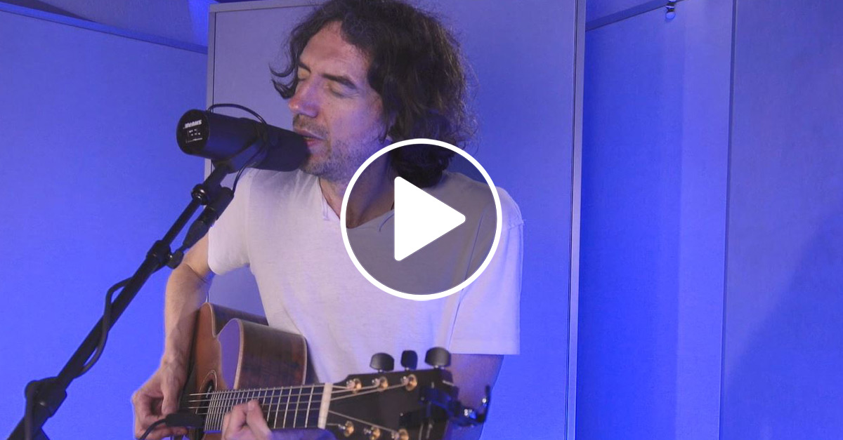 "Snow Patrol Unplugged: ""Chasing Cars"""
