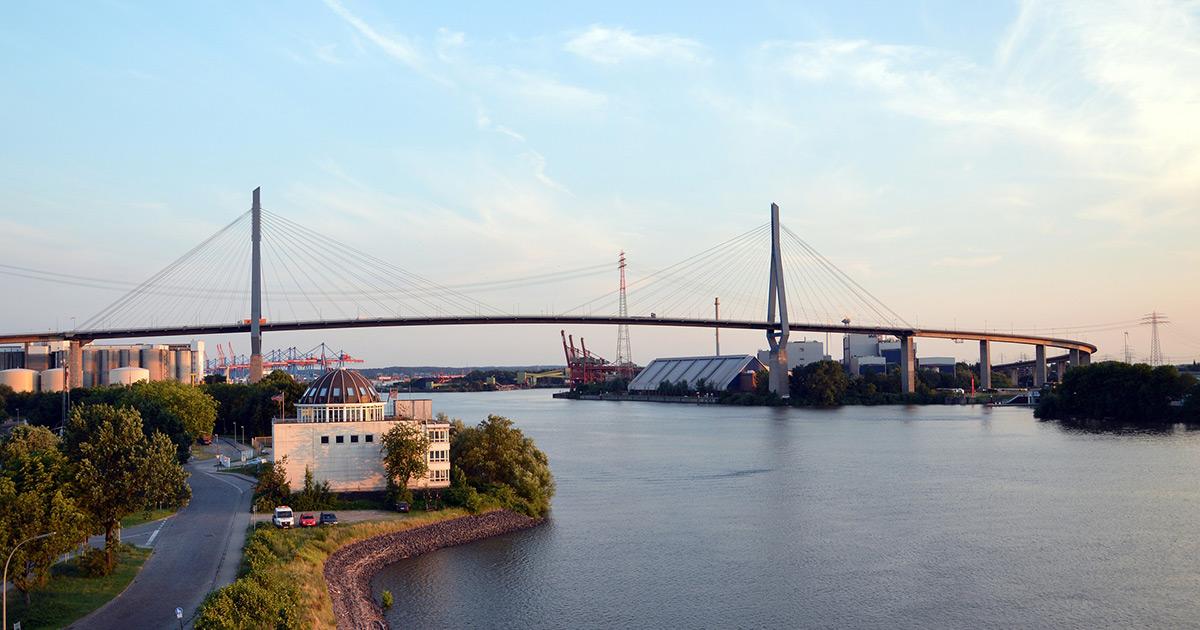Hamburger Wahrzeichen: Ein Liebesbrief an die Köhlbrandbrücke