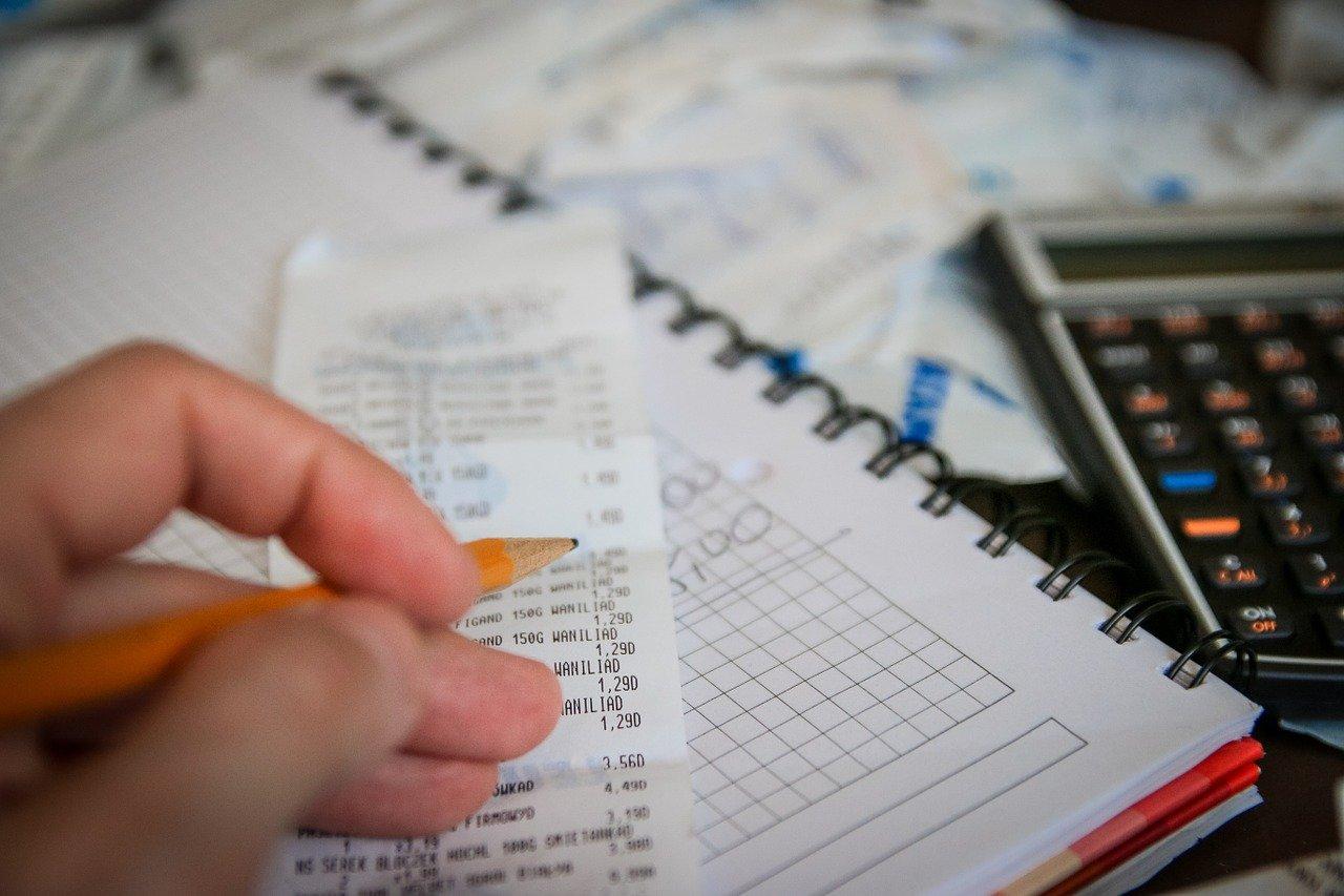 Haushaltsausgaben reduzieren: Tipps und Tricks für mehr Geld am Monatsende!