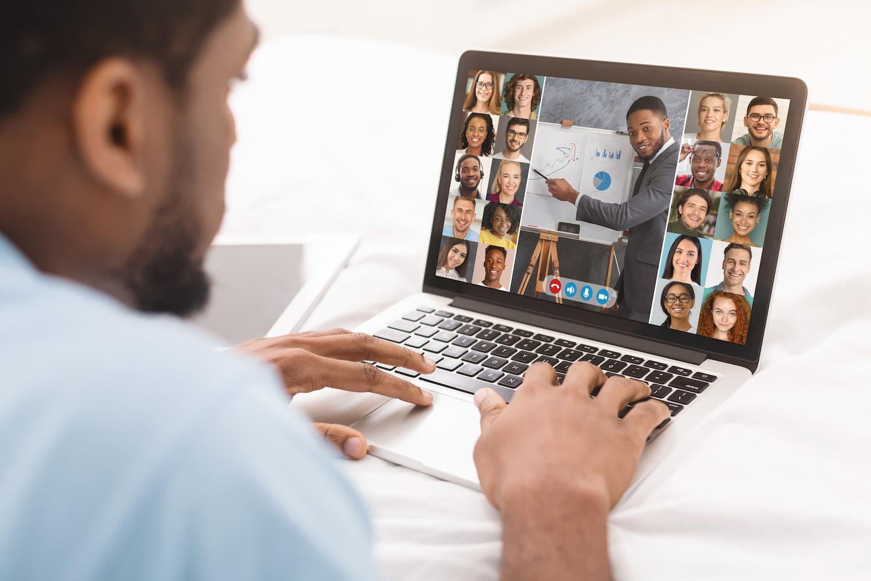 Sprache und Gemeinschaft – warum Online-Unterricht wählen