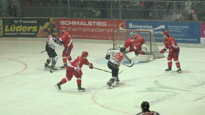 Oberliga Nord - 41. Spieltag: Scorpions stechen die Crocodiles
