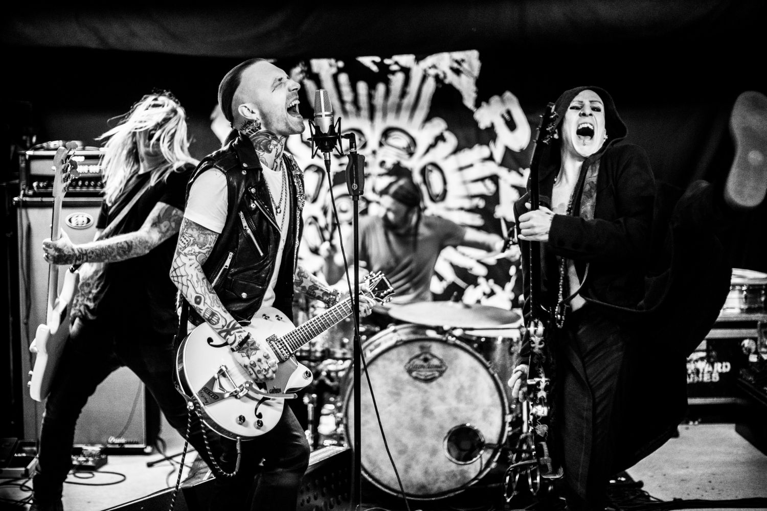"Neueinsteiger: Backyard Babies - ""Yes To All No"""