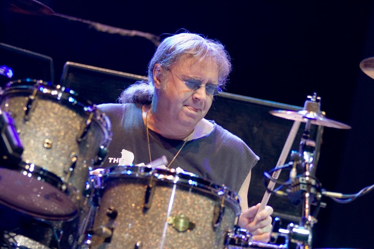 Ian Paice: Die Schlagzeug-Maschine von Deep Purple im Porträt