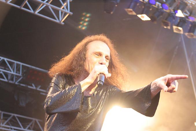 Ronnie James Dio: 666 Sammlerstücke zur Versteigerung