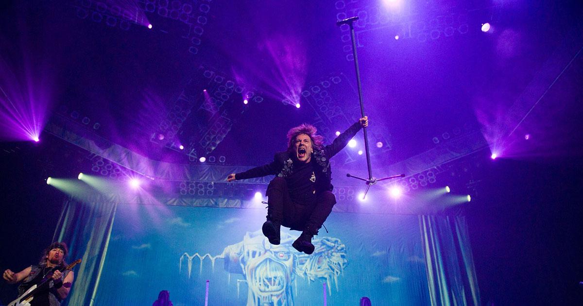 """Bruce Dickinson: """"Iron Maiden war die größte Achterbahnfahrt der Welt"""""""
