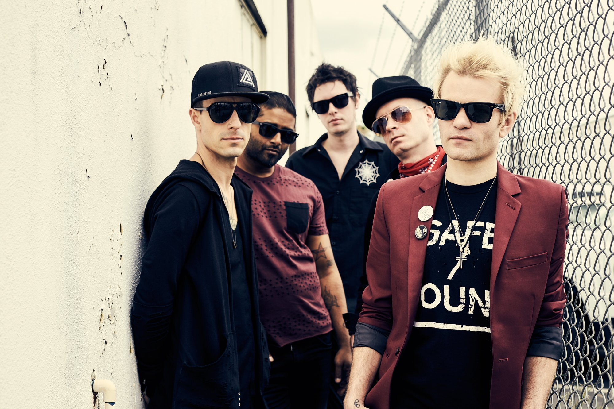 "Neueinsteiger: Sum 41 - ""Out For Blood"""
