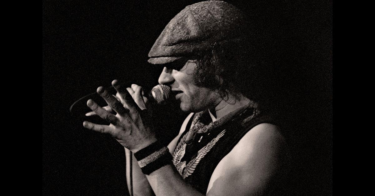 AC/DC: Als Brian Johnson das Mikrofon übernahm