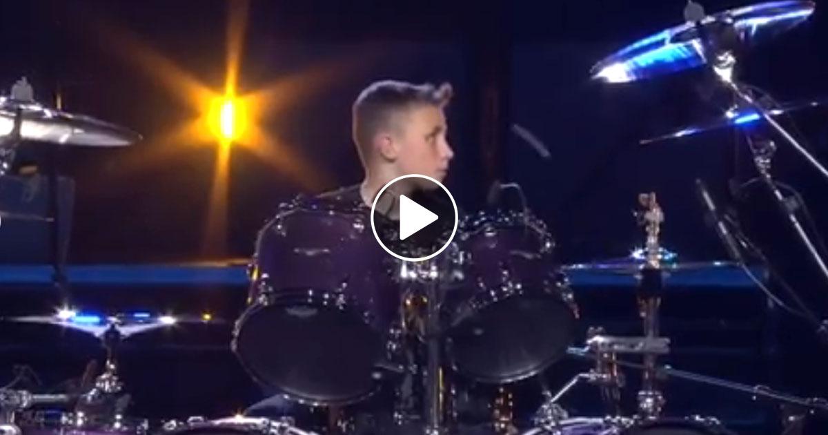 "Metallica: 13-Jähriger trommelt ""Seek & Destroy"""