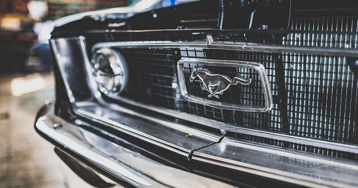 They can't drive 55: Diese Rockstars schwören auf den Mustang