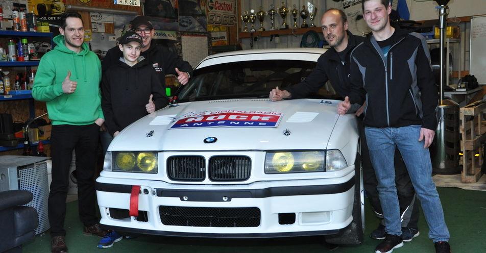 Motorsport-Team aus Graben wird von ROCK ANTENNE gesponsert