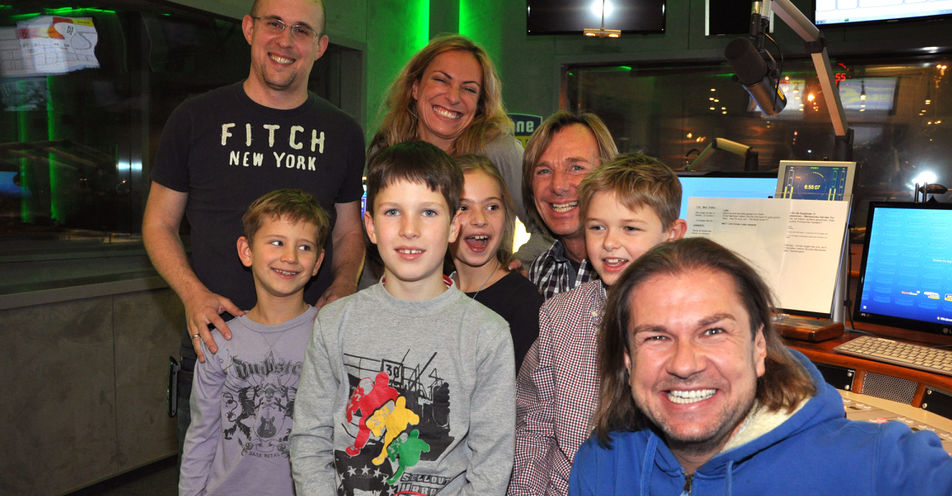 ANTENNE BAYERN in Kinderhand – vier Kids moderieren in 'Guten Morgen Bayern'