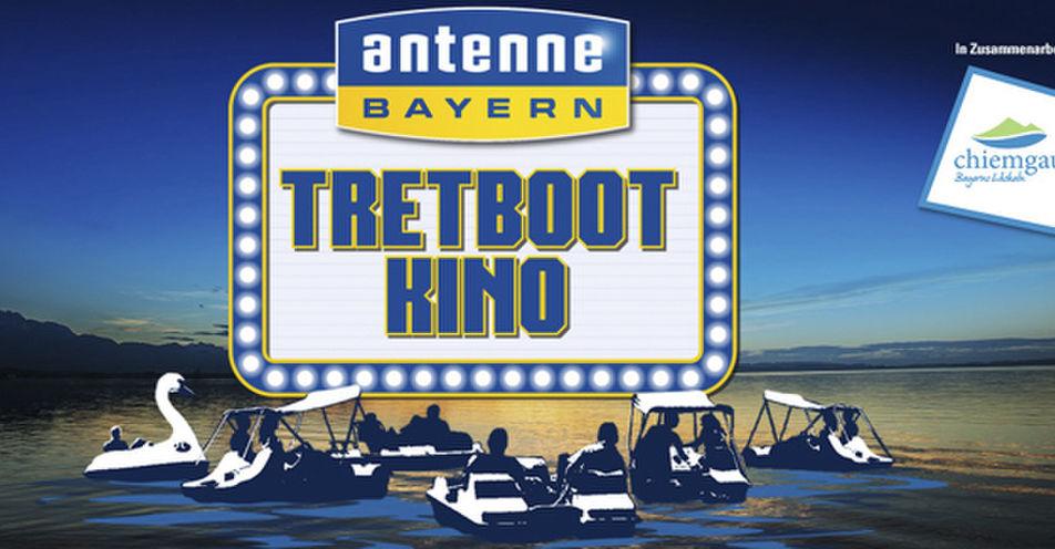 """Mit ANTENNE BAYERN und Käpt´n Jack Sparrow am Chiemsee - Das erste Tretbootkino zeigt """"Fluch der Karibik"""""""