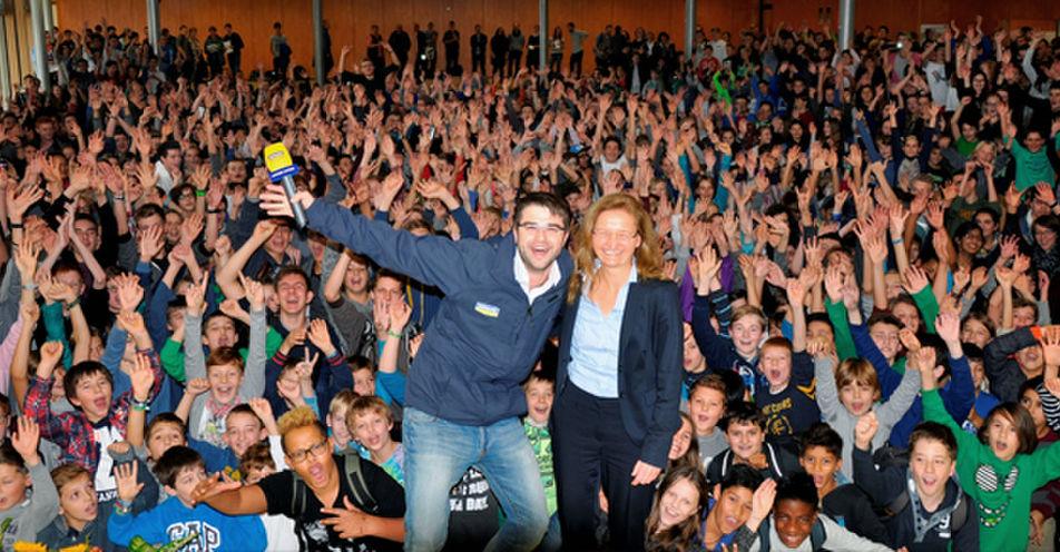 Josef-Hofmiller-Gymnasium holt das nächste ANTENNE BAYERN Pausenhof-Konzert nach Oberbayern!
