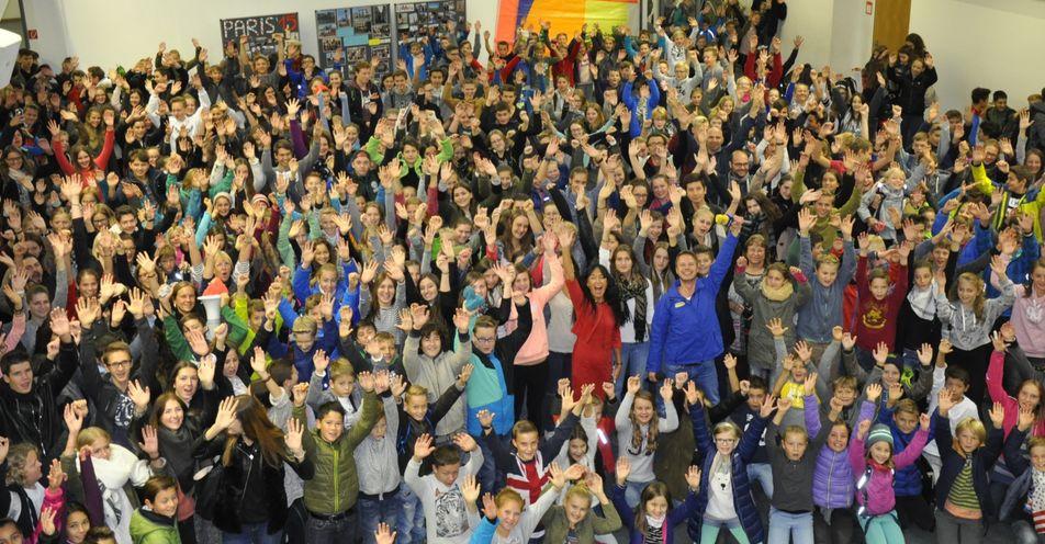Riesenfreude in Herrsching! Max Giesinger wird den Pausenhof der Realschule rocken