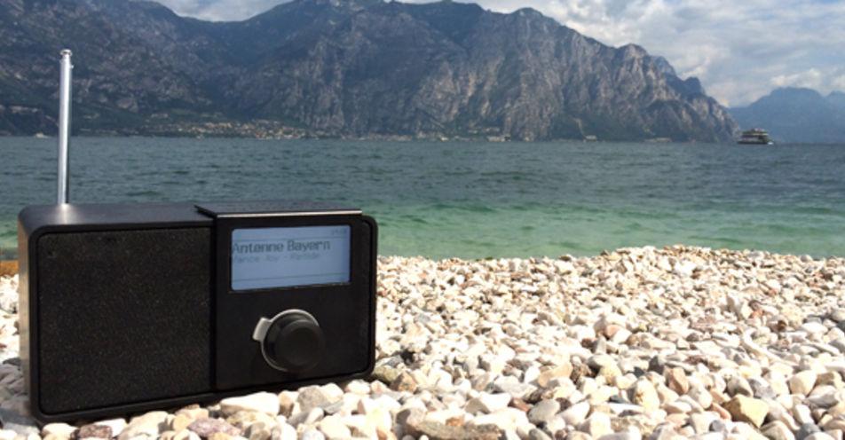 Urlaub mit ANTENNE BAYERN: Radiosender sendet am Gardasee