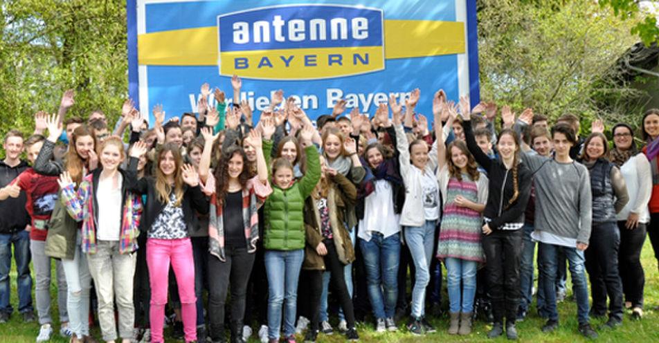 Staatliche Realschule Bruckmühl zu Besuch im Funkhaus von ANTENNE BAYERN