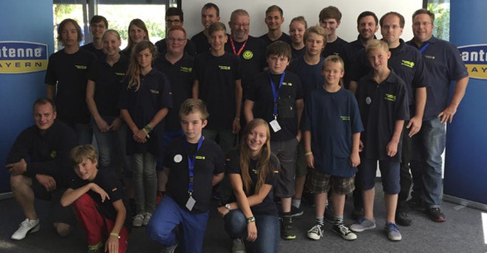 Die THW-Jugend Bayern zu Besuch im Funkhaus von ANTENNE BAYERN