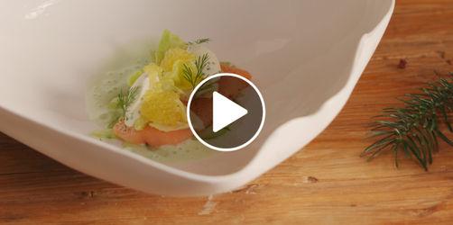Das ANTENNE BAYERN Weihnachtsmenü: Tegernseer Saibling in Limonenöl auf zweierlei Gurken