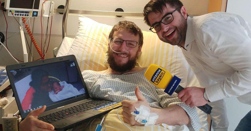 Radiosender schafft Verbindung zwischen Mutter im Kreissaal und Vater in Unfallchirurgie