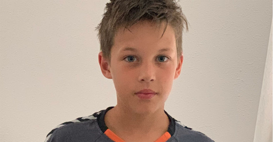 Philipp Lahm überrascht zehnjährigen Philipp aus Landau an der Isar mit Sommercamp